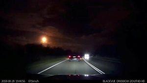 Video Meteor Melintas di Langit Australia