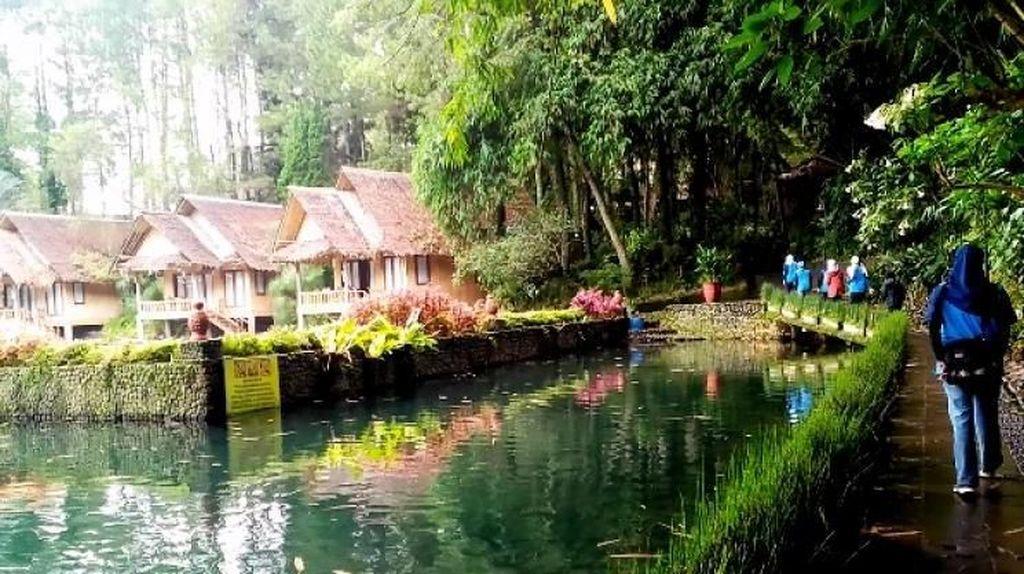 Kembali ke Alam di Kampung Sampireun
