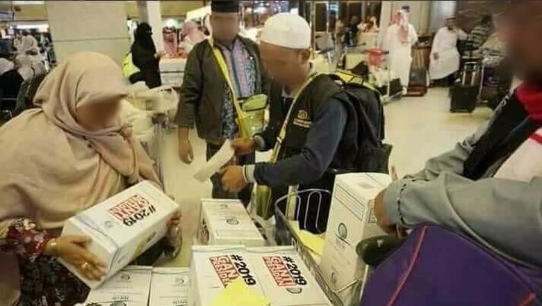 Terungkap, Begini Pembagian Zamzam Ganti Presiden di Jeddah