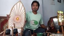 Nelayan Ini Buktikan Limbah Kayu-Plastik Bisa Jadi Handycraft Cantik