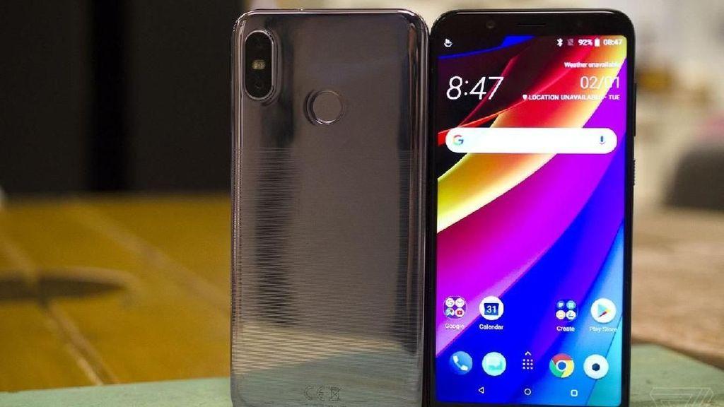 Tak Bisa Bikin Ponsel Flagship, Uang HTC Juga Kian Amblas
