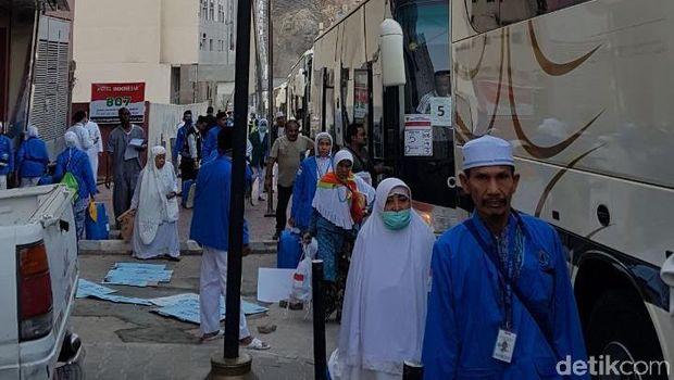 6 Ribu Jemaah Haji Gelombang 2 Diberangkatkan ke Madinah