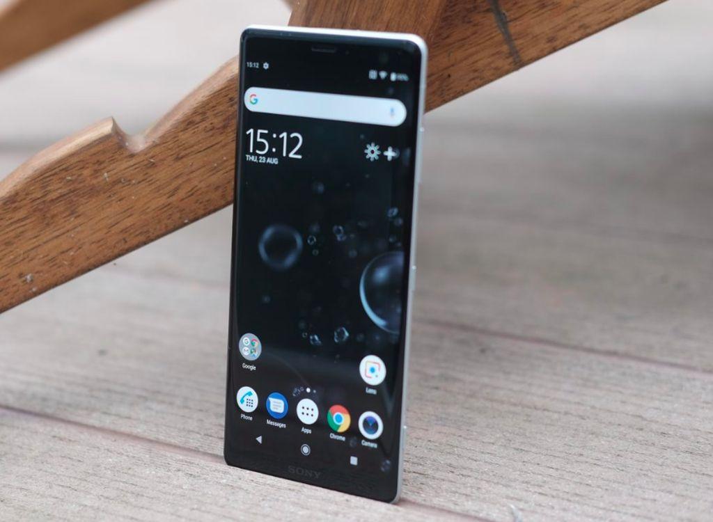Ponsel itu adalah Xperia XZ3, yang merupakan ponsel flagship Sony di 2018 ini, dan merupakan penerus dari XZ2 yang meluncur pada awal 2018 lalu.Foto: PC Advisor