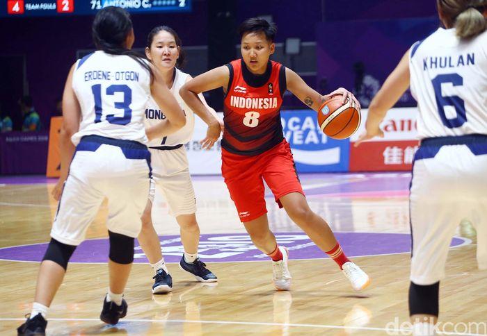 Tim basket putri Indonesia berhasil menundukkan tim basket putri Mongolia.