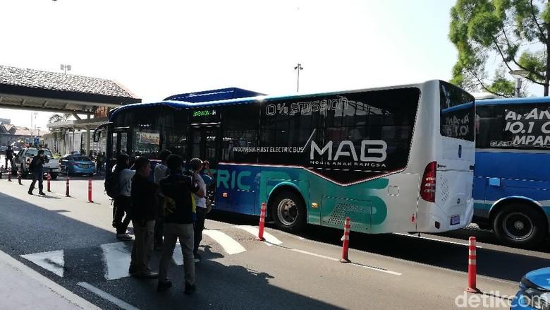 Bus Listrik MAB/Mobil Anak Bangsa (Foto: Rizki Pratama)