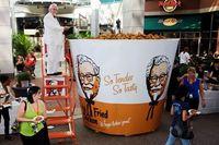 Keren! Ini Dia 4 Rekor Dunia Ayam Goreng