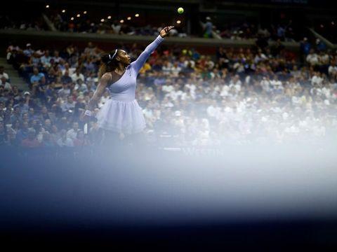 Petenis Serena Williams mendukung Colin dan Nike.