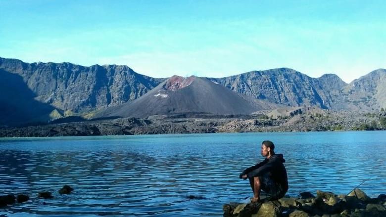 Ilustrasi Danau Segara Anak di Gunung Rinjani, Lombok, NTB (Akbar/detikTravel)