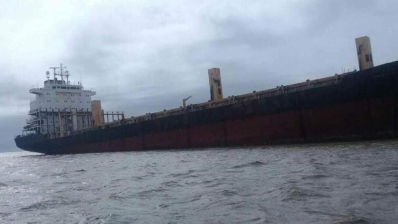 Myanmar Cari Pemilik 'Kapal Hantu' Berbendera RI yang Kandas