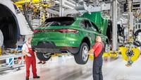 Dihantui Krisis Chip hingga Pandemi COVID-19, Penjualan Porsche Tetap Moncer