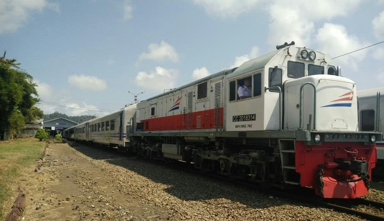 PPP Nilai Pembukaan Jalur Kereta Akan Tingkatkan Pariwisata di Jabar