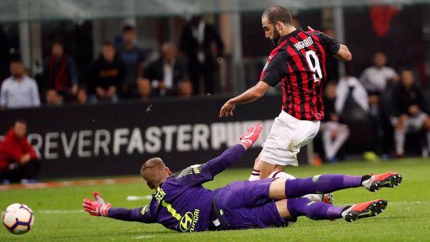 Gonzalo Higuain sedang dipinjamkan Juventus ke AC Milan musim ini.
