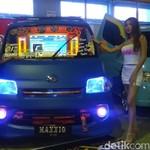 120 Mobil Adu Ganteng di IAM Makassar