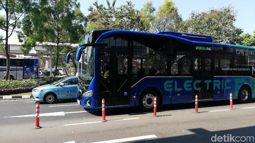 Ini Alasan Moeldoko Beri Nama Bus Listriknya MAB