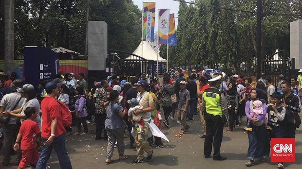 Ilustrasi keramaian di kawasan Gelora Bung Karno pada saat penyelenggaraan Asian Games 2018.