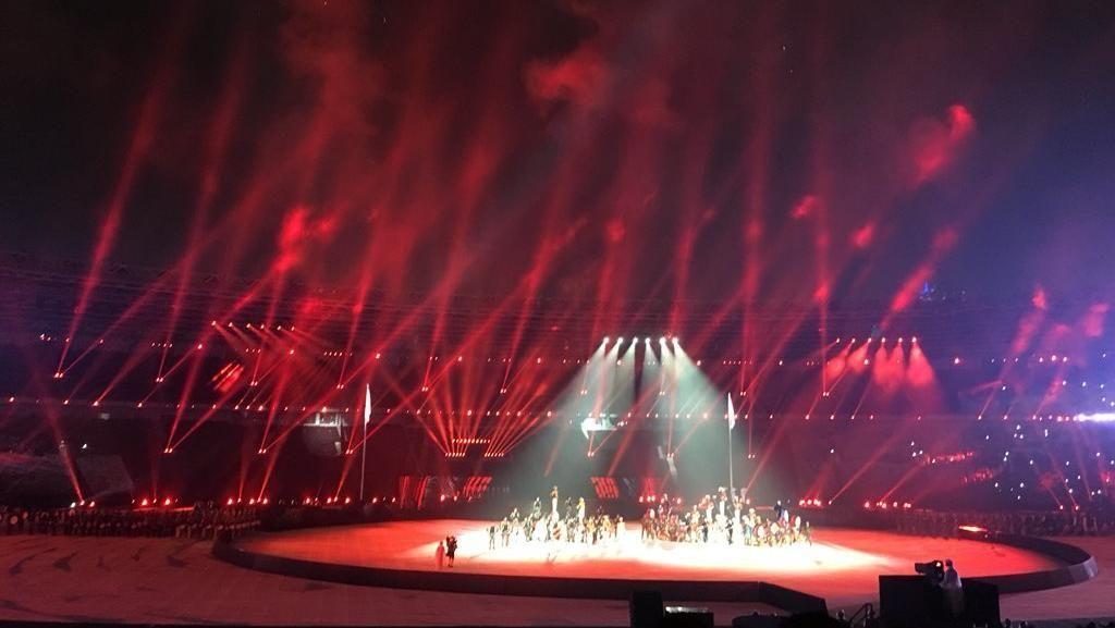 Berjas Hujan, Atlet-atlet Tetap Ceria di Penutupan Asian Games