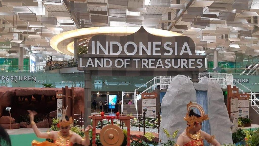 Wonderful Indonesia Tebar Pesona di Terminal 3 Bandara Changi
