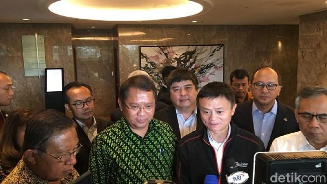Senyum Jack Ma dan Pesan untuk Indonesia