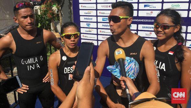 Andi Gumilang dan kawan-kawan menempati peringkat kesembilan dalam nomor triatlon campuran Asian Games 2018.
