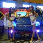 Gadis Makassar dan Mobil Modifikasi