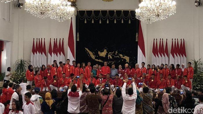 Foto: Jokowi beri bonus ke atlet Asian Games (Jordan-detik)