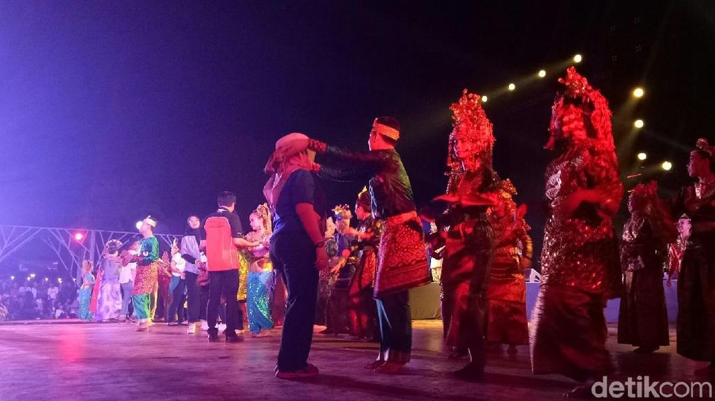 Tumpah Ruah Penutupan Asian Games 2018 di Jakabaring