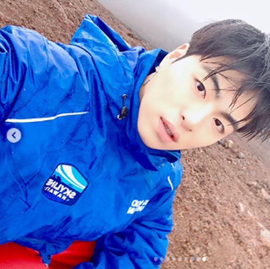Jun Hoe iKON Tiba-tiba Unfollow WINNER dan Yang Hyun Suk, Ada Apa?