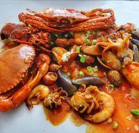 Mager Beli Makan? Pesan Seafood Online Saja di 5 Tempat Ini