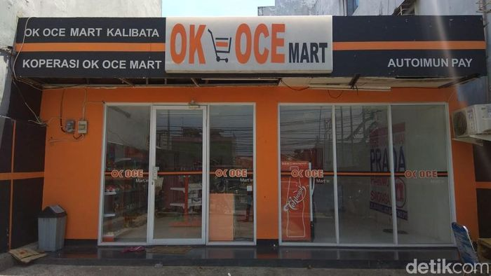 Gerai OK OCE Mart Kalibata, Jakarta Selatan bakal direlokasi alias pindah lokasi. Gerai tersebut tinggal menunggu waktu hingga akhirnya ditutup.