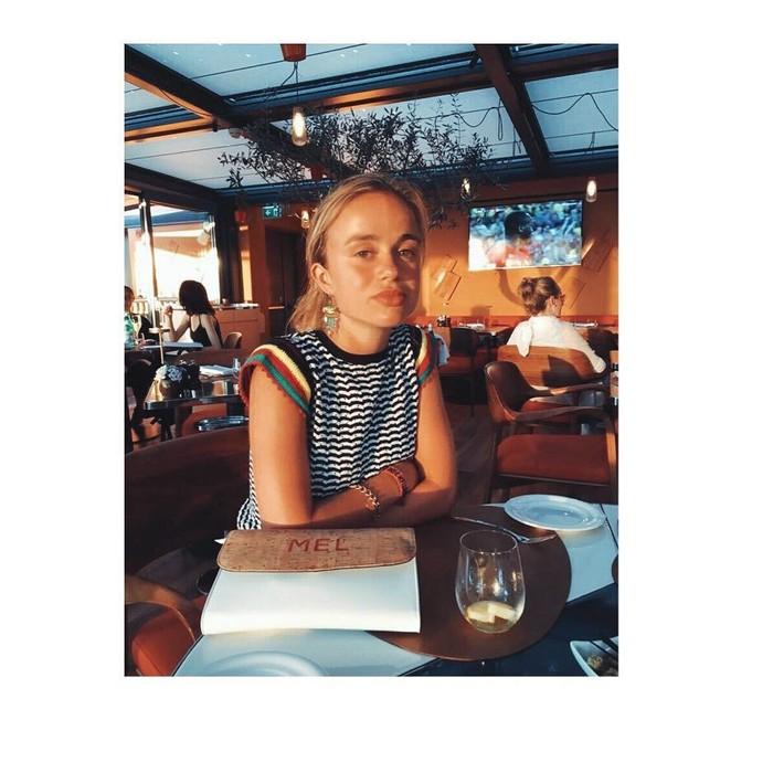 Pemilik nama asli Lady Amelia Windsor ini adalah putri dari George Windsor dan Sylvana Tomaselli. Di usianya yang masih relatif muda, Amelia sukses menjadi model di Inggris. Foto: Instagram amelwindsor