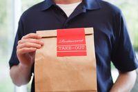 Waduh! Pengantar Makanan Ini Curi Sepatu Pembeli Saat Antar Pesanan