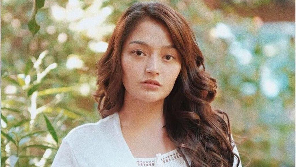 Siti Badriah Merasa Bangga Lagi Syantik Dicover Boyband Korea GTI