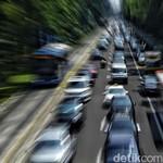 Ban Mobil Pecah Saat di Jalan, Lakukan Hal Ini
