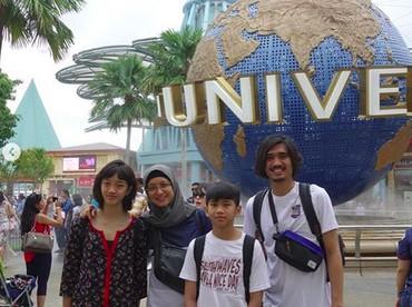 Nah, Adik Bima lebih mirip Ayah Duta atau Bunda Adel nih, Bun? (Foto: Instagram/ @shadjo4)
