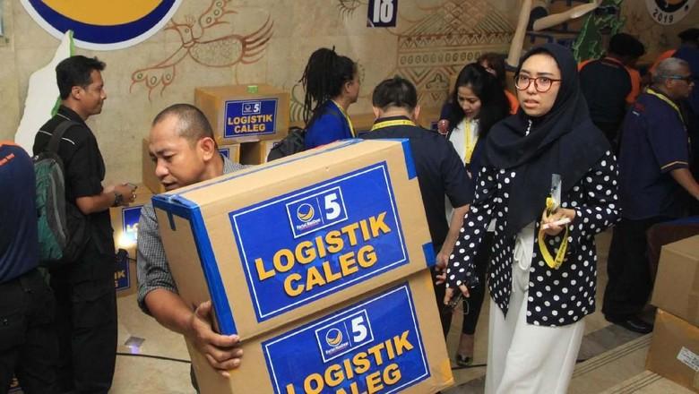 Ratusan Bakal Caleg Nasdem Dapet Logistik Gratis