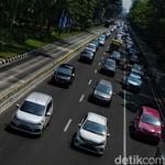 Ganjil Genap Diberlakukan, Transportasi Umum Bisa Menampung?