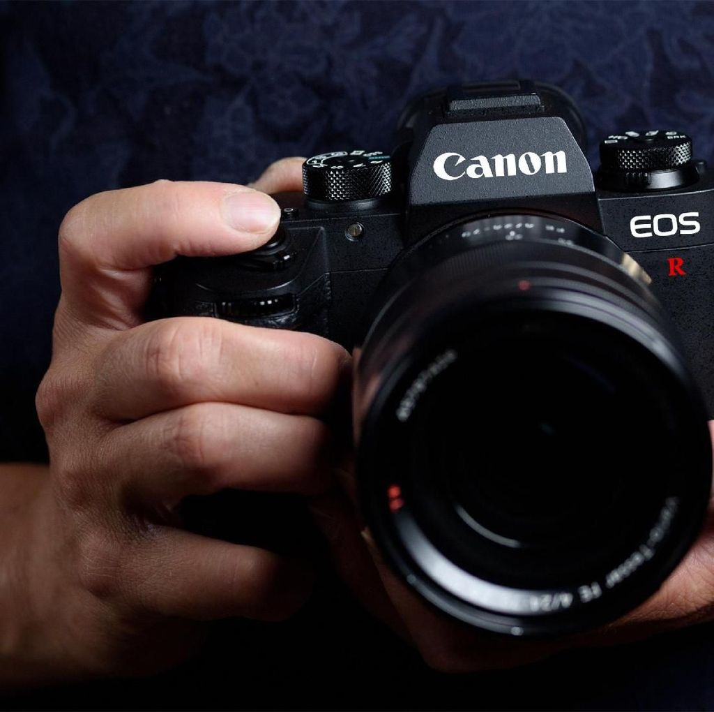 Inikah Mirrorless Full Frame Canon?