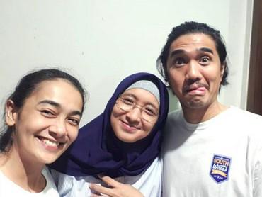 Duta dan Adel rukun juga lho dengan saudara perempuan Adel yang juga publik figur, Ananda Lontoh. (Foto: Instagram/ @ananda_faturrahman)