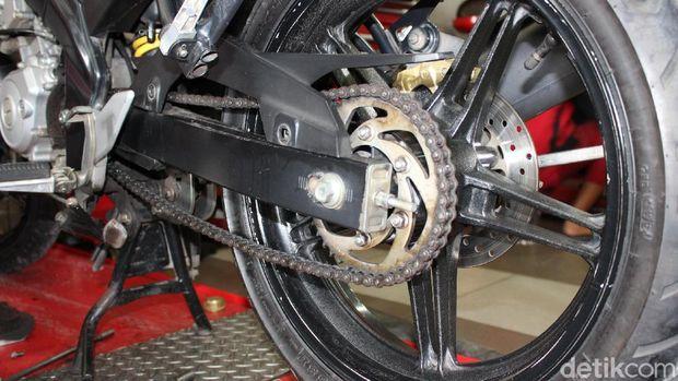 Komponen motor rawan kena karat saat hujan