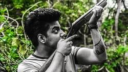 Siddharth Slathia, penyanyi asal India yang bikin heboh netizen ini ternyata kekar juga lho badannya!
