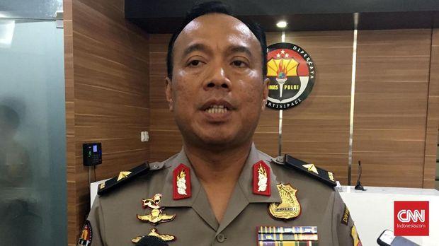 Kepala Biro Penerangan Masyarakat (Karo Penmas) Divisi Humas Polri Brigadir Jenderal Dedi Prasetyo, di Mabes Polri, Jakarta, Selasa (4/9).