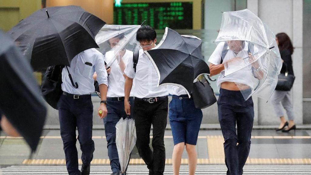 Ada Topan di Jepang, Amankah Liburan ke Sana?