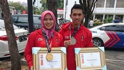 Anak mantan TKI meraih medali emas di cabor panjat tebing dalam Asian Games 2018. Karena prestasinya, Aries Susanti juga diberi penghargaan dari Menaker.