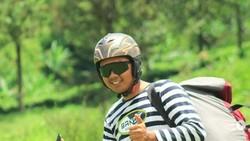 Atlet paralayang, Jafro Megawanto menjadi atlet Indonesia yang mendapatkan bonus terbesar. Intip gaya hidup sehat di balik sosoknya yang sederhana.