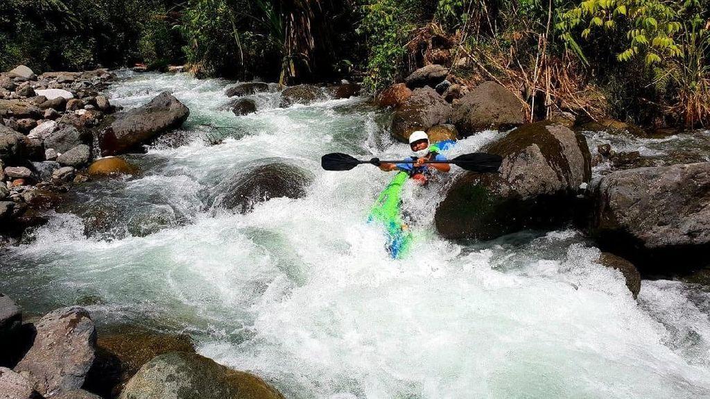 Foto: Arung Jeram Ganas Manokwari dengan Habitat Buaya