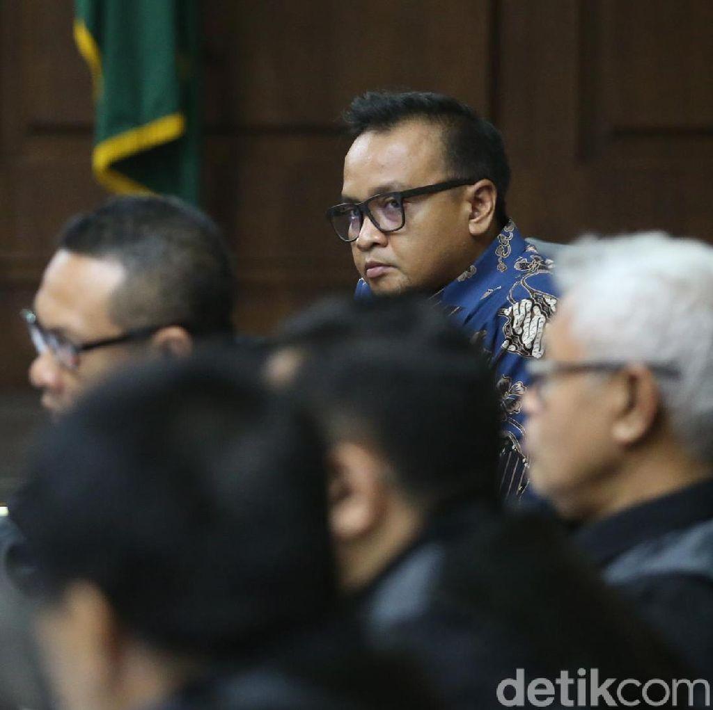 Ponakan Novanto Cabut BAP Soal Terima SGD 500 Ribu dari Fayakhun