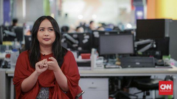 Gita Gutawa mengaku mengoleksi sejumlah piringan hitam.