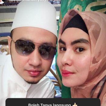 Kartika Putri dan Habib Usman /