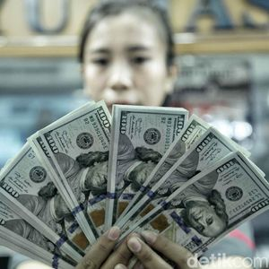 Dolar AS Bikin Keok Rupiah ke Rp 14.610