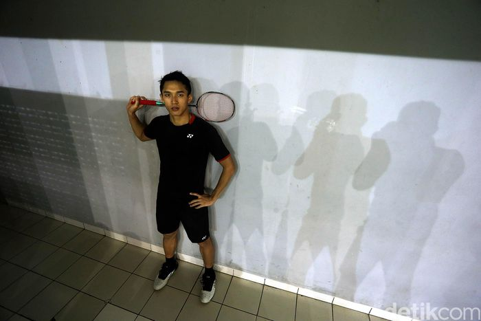 Jonatan Christie tengah menciptakan panggung dengan meraih medali emas Asian Games 2018. Bermula dari kegiatan ekstra kurikuler di sekolahnya.